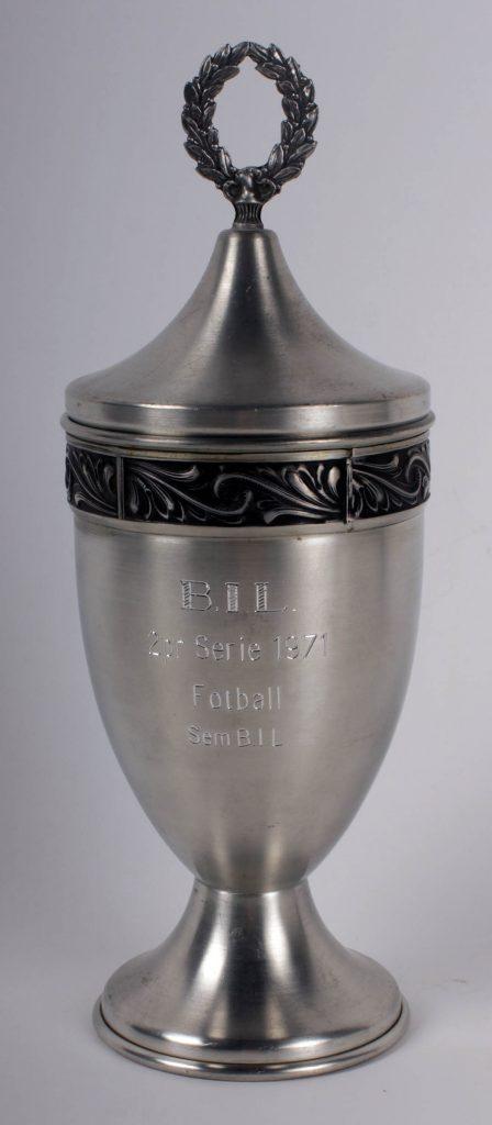 2. premie til Sem Bedriftsidrettslag i fotballserien 1971.