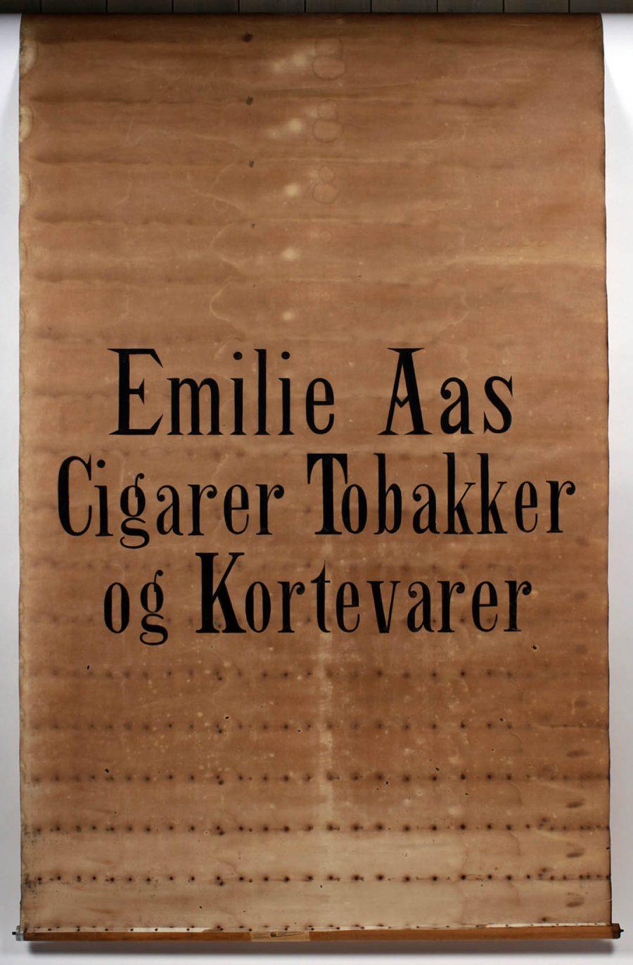 RULLEGARDIN EMILIE AAS CIGARER TOBAKKER OG KORTEVARER